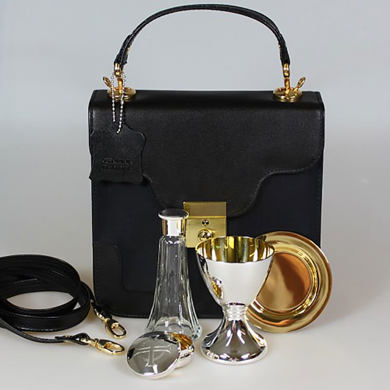 4pc_rutland_communion_with_bag